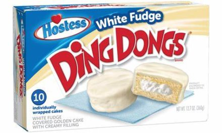 RIOT Food Fight: Winter Mint and White Fudge Ding Dongs
