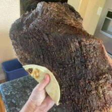 """Daily Pic – This Taco Stand Takes """"Extra Meat"""" Seriously"""