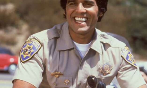 Erik Estrada (CHIPS) & Dean Cain (Superman) Are BOTH REAL COPS *IRL*