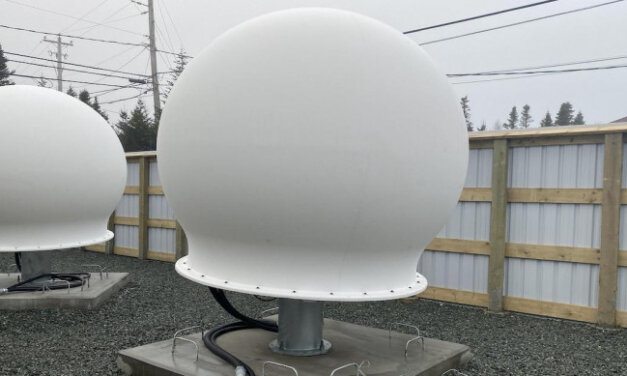 New Secret Starlink UPLINK STATION Found In Canada